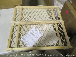 Evenflo- Position & Lock Safety Gate