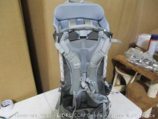 Thule- Sapling- Child Carrier ( Retails $299)