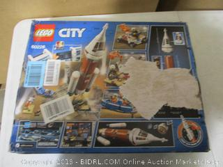 Lego - City Deep Space Rocket and Launch Control Set (#60228)