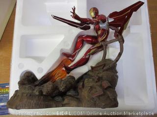 Marvel Premier Collection: Avengers Infinity War: Iron Man Mk50 Resin Statue