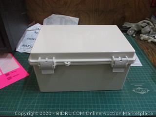 Hi-Box