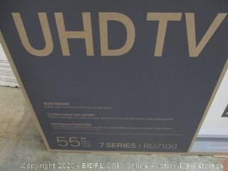 """Samsung UHD TV 4K 55"""" Powers On See Pictures"""