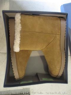 Women's Winter Boots Size 10