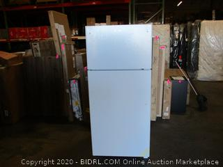 GE Refrigerator See Pictures