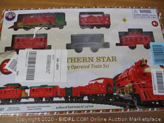 Lionel Northern Star, Miniature Battery-powered Model Train Set with Track