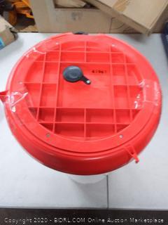 Farm Innovators Heated All-season Poultry Fountain 100 Watt