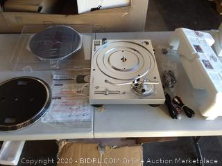 $249 Audio-Technica AT-LP120XUSB-SV Direct-Drive Turntable, Silver