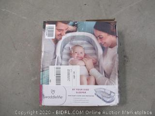 SwaddleMe Baby Crib (See Pictures)