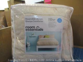 Reversible Jersey Sherpa comforter F/Q