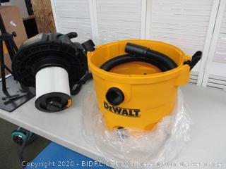 Dewalt 10 Gallon Vacuume