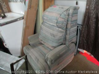 Massage Chair Recliner. Used. Works