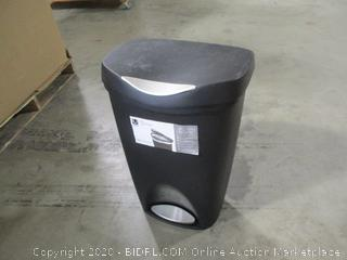 Umbra- Brim13 Gallon Trash Can with Lid