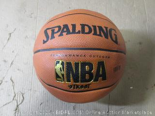 Spalding - Street Basketball