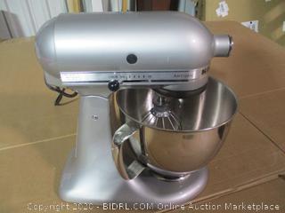 KitchenAid Artisan 5 qt. Stand Mixer in Metallic Chrome ($265 Retail)