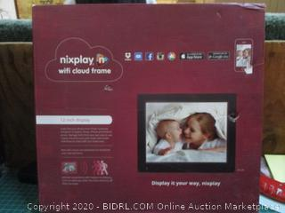 Nixplay wifi cloud  12 inch display see pictures