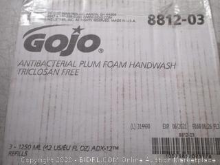 GOJO Antibacterial Plum foam Handwash