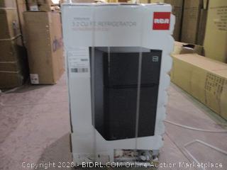 RCA 3.2 CU.FT. refrigerator