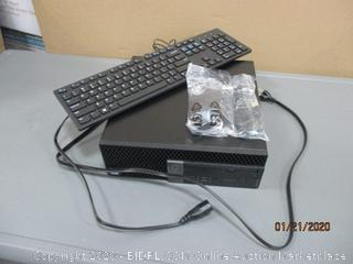 Dell OptiPlex 7060 desktop with keyboard See Pictures