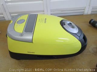 Miele Complete C2 Limited Edition (Retail $450)