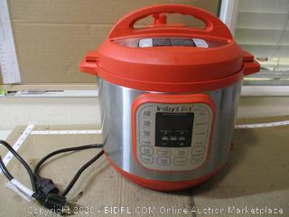 Instant Pot - Duo 7-in-1 Electric Pressure Cooker (6 Qt)