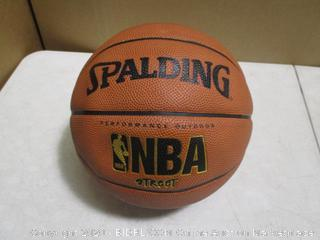 Spalding - NBA Street Basketball