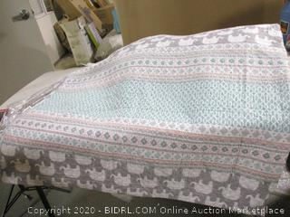 Lush Decor Elephant Stripe Quilt Bedding Set (Full/Queen)