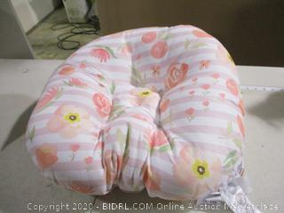 Boppy- Original Newborn Lounger- Big Blooms