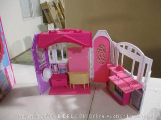 Barbie- Glam Getaway House