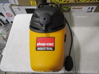 Shop-Vac 4-Gallon 6.0-Peak HP Back Pack Vacuum (broken buckle, see pictures)