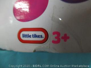 Little Tikes Squeezoos Large Feature Mouse (Aye-Aye Specs) Toy
