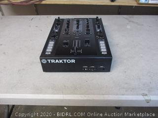 Traktor Kontrol Z2 (See Pictures) $669 Retail