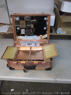 Lighted Makeup Case($429 Retail)