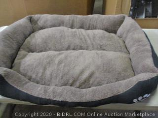 Pet Bed (See Pictures)