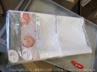Contoured Changing Pad