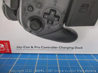 Nintendo Switch Charges 2 Joy Con Controllers and i Pro Controller
