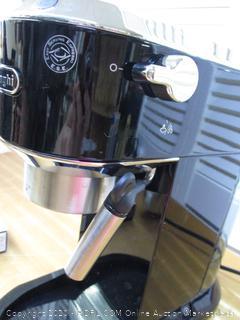 DeLonghi Espresso Cappuccino Maker EC680BK