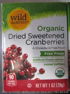 Wild Harvest Organic Dried Sweetened Cranberries