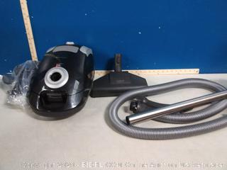 Miele Compact C1 Turbo Team canister vacuum (previously owned/powers on, very powerful) online $490