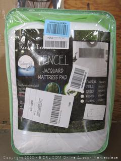 Tencil Jacquard Mattress Pad