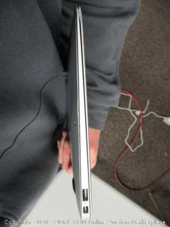 Apple Macbook Air Model A1465 (See Pictures)