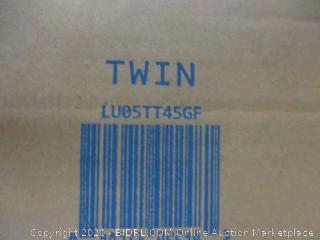 """5"""" Gel Memory Foam Mattress Topper Size Twin"""