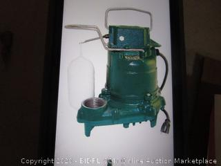 Submersible Sump Pump  See Pictures