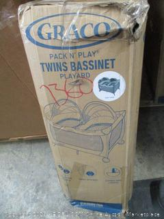 Graco Twin bassinet