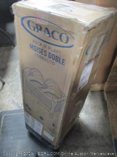 Graco Twin bassinet
