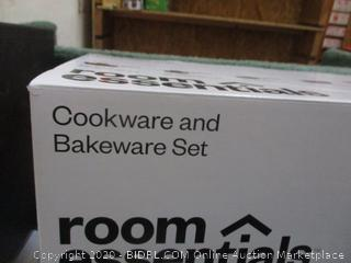 Cookware and Bakeware Set See Pictures