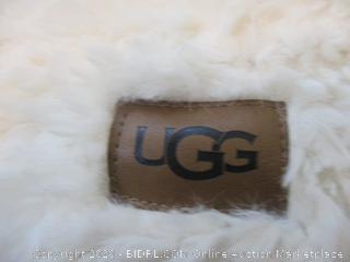 UGG Throw