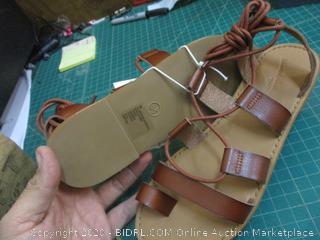 Universal Thread Sandals  8.5