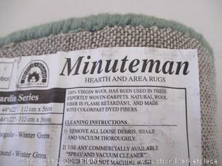 Minuteman Half Round Winter Green rug