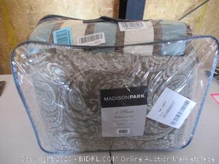 Madison Park King Comforter
