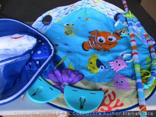 Disney Baby Finding Nemo Ray Ocean Lights & Music Gym